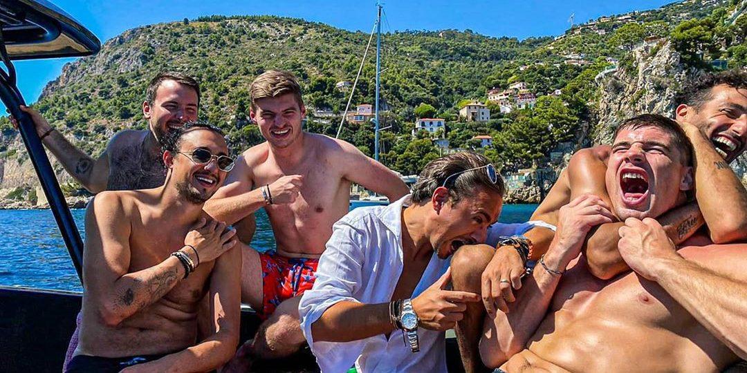 Rico Verhoeven plaatste een heerlijke 'goodlife' foto met Max Verstappen én F1-vrienden