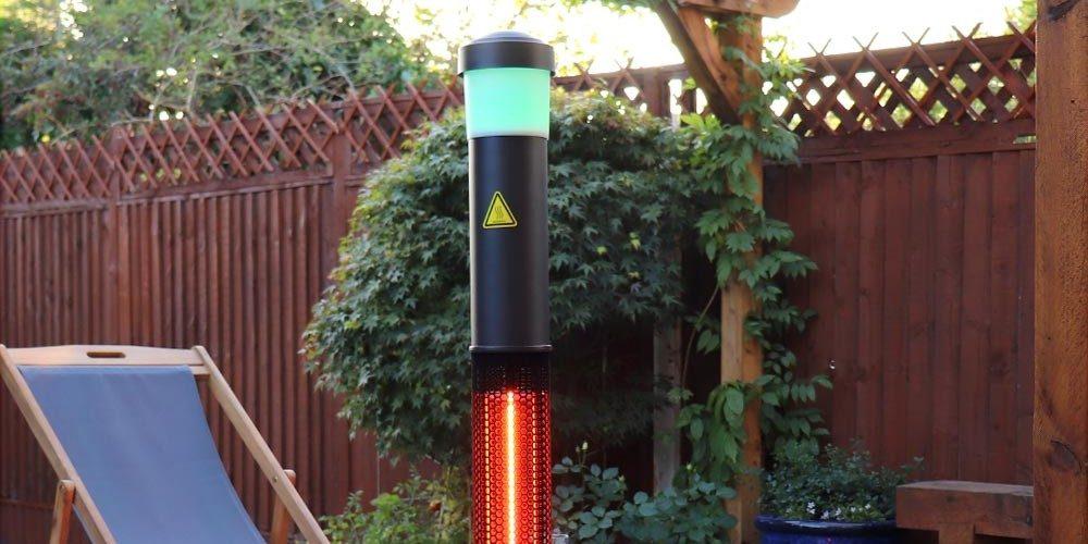 Deze 3-in-1 terras heater beschikt over bluetooth speakers én discolichten