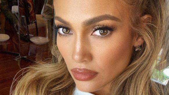 Jennifer Lopez plaatst bikinifoto en mannen worden wild