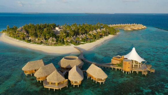 Hotel in de Malediven biedt de mooiste werkplekken ooit aan (incl. persoonlijk assistente)