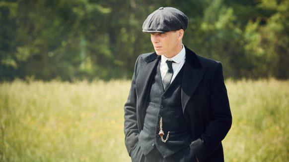 Acteur Sam Claflin laat wat los over Peaky Blinders seizoen 6