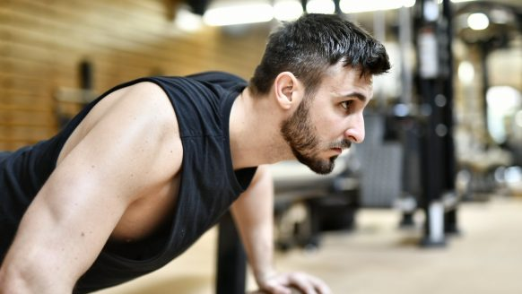 Is elke dag push-ups doen slim voor spiergroei?
