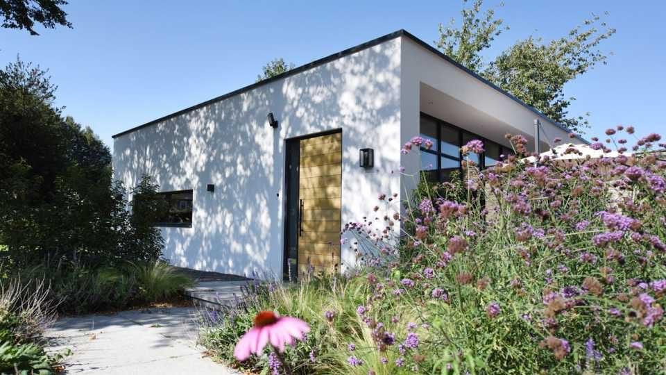 Helene Hendriks verkoopt luxe villa met winst en koopt direct een miljoenenvilla