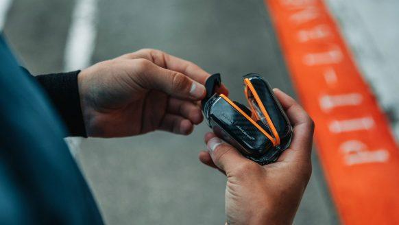 Deze Klipsch hoofdtelefoon is dé favoriete gadget van Formule 1-coureurs