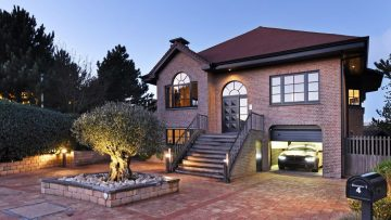 Volgens geruchten koopt Martien Meiland deze absurd chique Hollywood-villa in Noordwijk