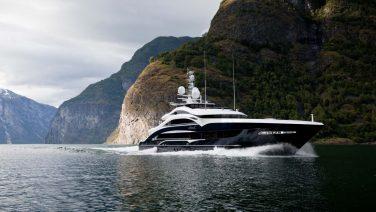 Nederlanders realiseerden dit 50 meter lange jacht