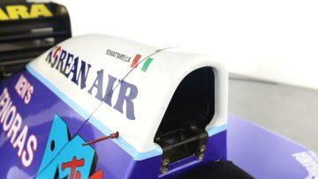 De Formule 1-auto van voormalig team Verstappen staat nu te koop