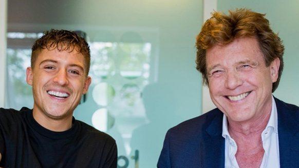 Zoveel verdiende John de Mol aan de verkoop van The Voice of Holland