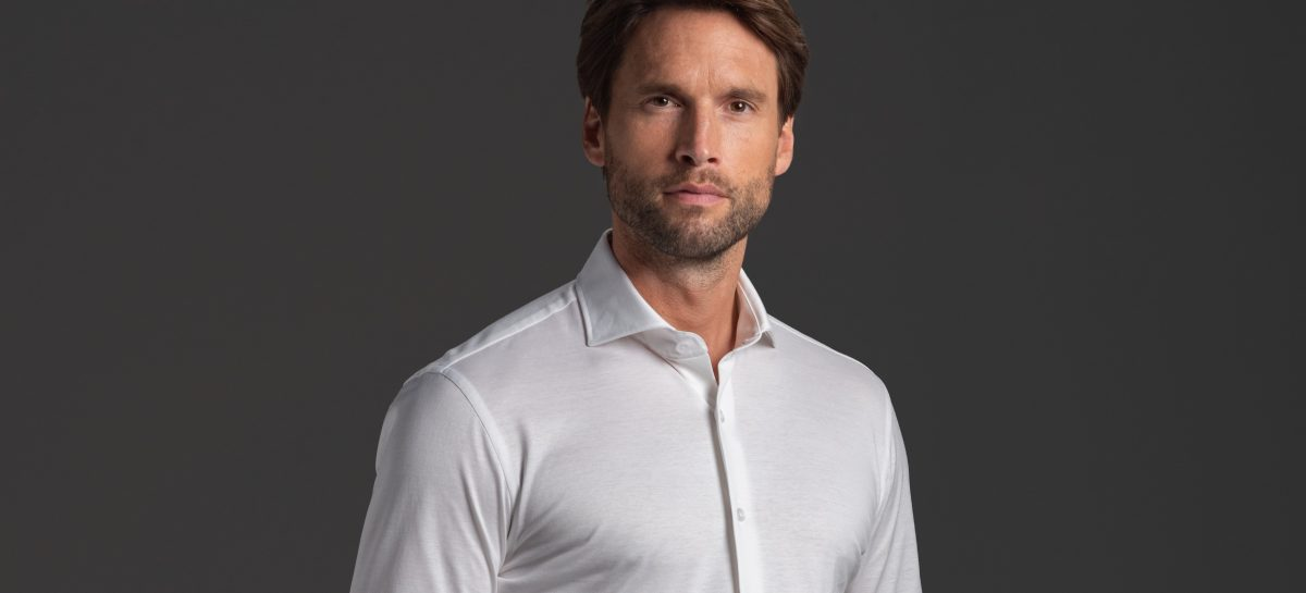 Dit is het perfecte onzichtbare shirt voor onder je overhemd