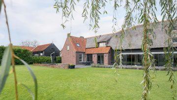 Funda parel: woonboerderij in Brabant is vanbinnen een stijlvolle design villa