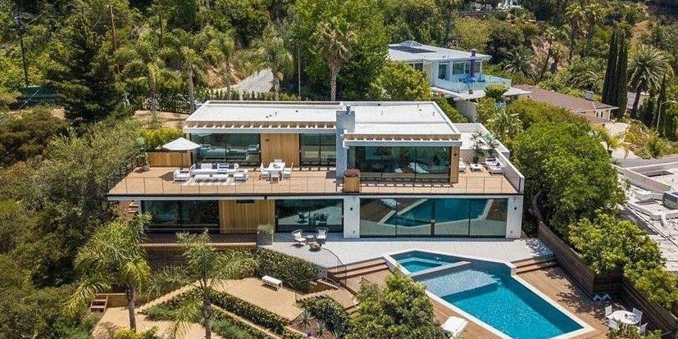 Binnenkijken in het Beverly Hills penthouse van Daniel Ricciardo van $13 miljoen