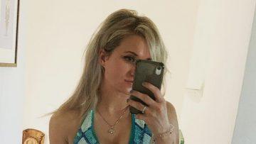 Britt Dekker showt haar strakke figuur op Instagram met foto's in bikini