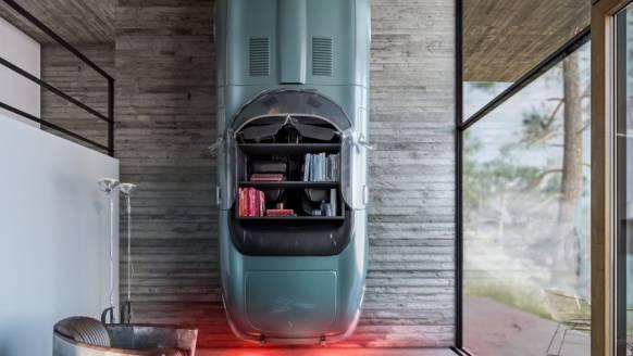 Dit huis heeft een Jaguar als boekenkast