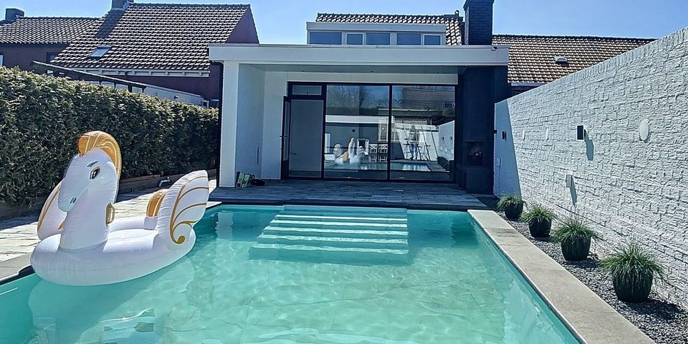Funda vondst: deze woning in Zeeland is hét ultieme vakantiehuis in eigen land