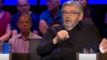 Dit is het salaris van Maarten van Rossem als jury van De Slimste Mens