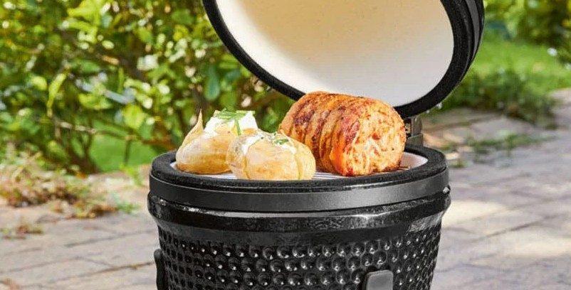 Lidl verkoopt nu een robuuste Egg BBQ voor een spotprijsje