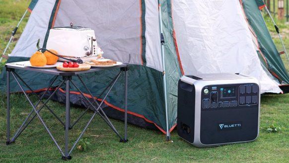 Met deze mega powerbank ben jij de baas van iedere camping