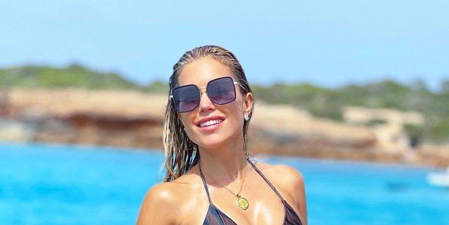 Sylvie Meis scoort likes op Instagram met bizar afgetrainde bikini foto