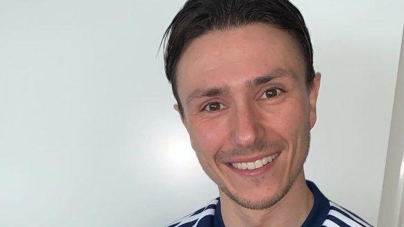 Het salaris en vermogen van kersverse Ajax-aanwinst Steven Berghuis