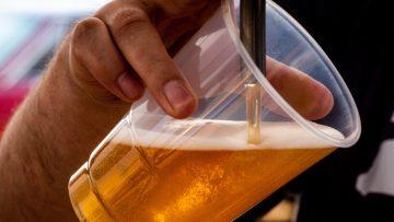 De goedkoopste én duurste vakantielanden voor een biertje