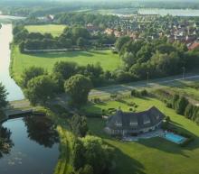 Funda droomwoning: reusachtig landhuis in Twente staat nu te koop
