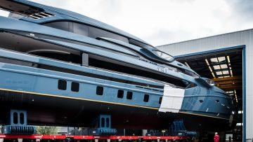 Nederlandse scheepbouwers leggen luxe jacht van 60 meter te water