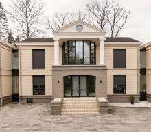 Funda vondst: met deze (relatief goedkope) mega villa ben jij de koning van Duitsland