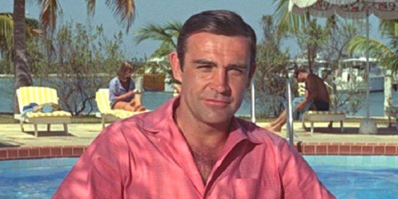 De 5 meest iconische James Bond-outfits op een rij