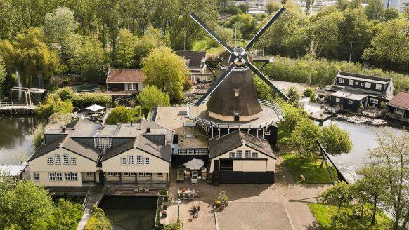 Deze woning met molen van €6,6 miljoen is één van de meest unieke huizen op Funda