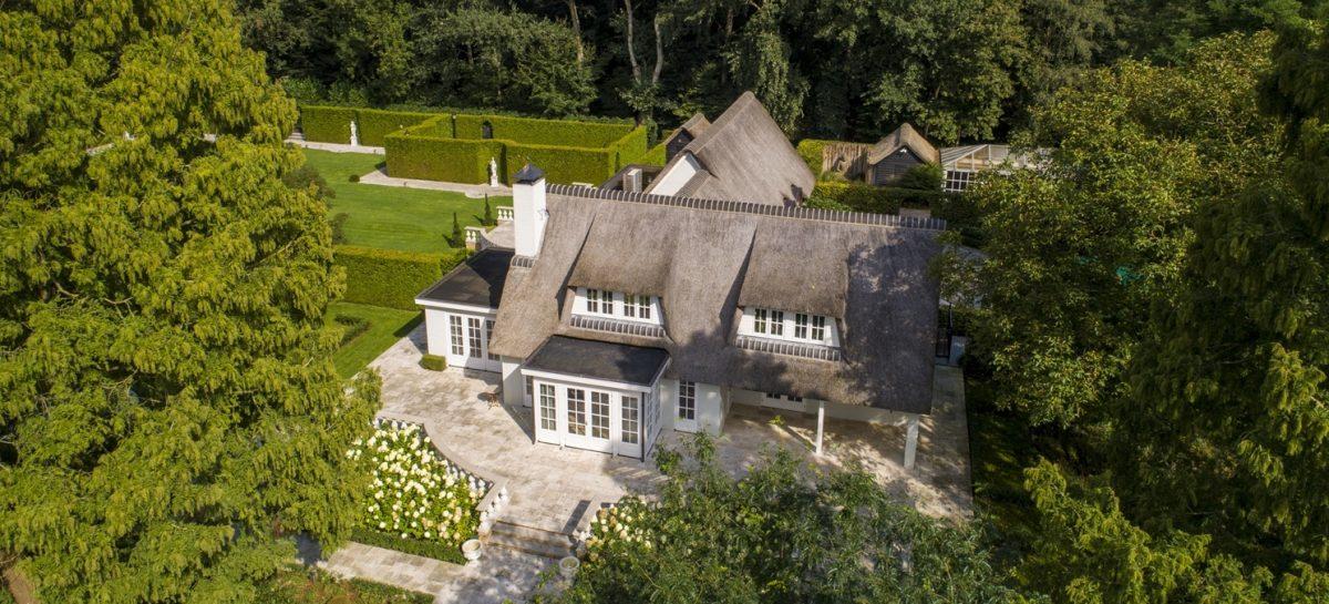 Afrojack zet zijn enorme landhuis in Leersum te koop voor een megabedrag