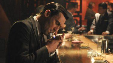 Uit onderzoek blijkt: mannen die drinken en roken zijn aantrekkelijker