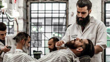 Barber knipt demente man al vijf jaar voor nop