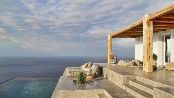 Dit mediterraanse zomerhuis is de plek waar jij wilt genieten
