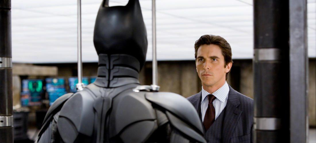 Batman fans opgelet: Christian Bale's Batsuit is te koop voor $100.000,-