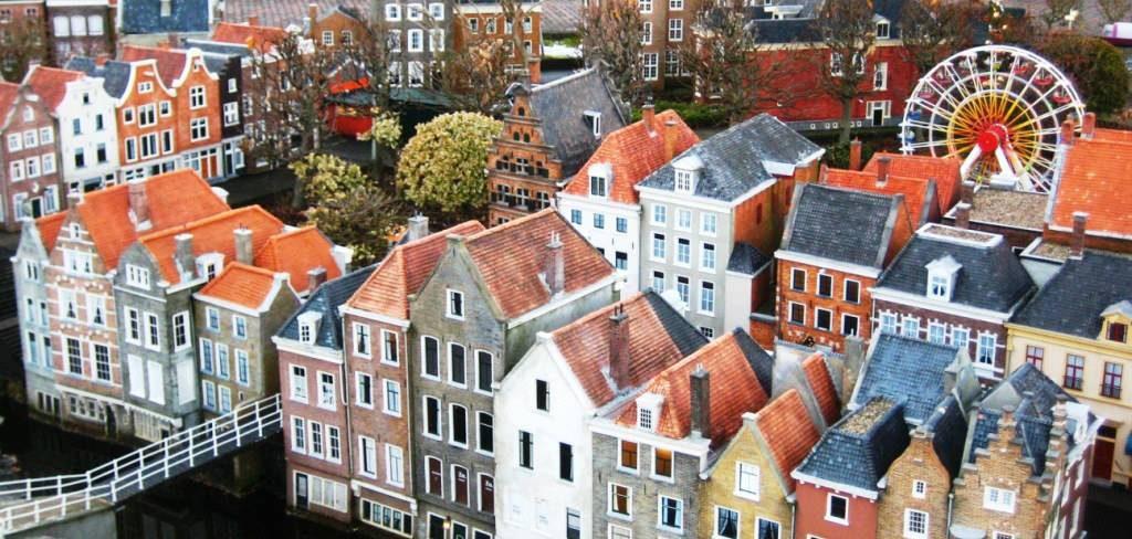 Dit krijg je voor 3 ton in Amsterdam, Rotterdam en een dorpje in Groningen