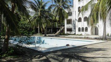 Kijk binnen in Pablo Escobar's verlaten paradijs in de Caribische zee