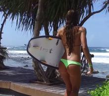 Babes + Surfen + Malediven = De ultieme zomerdroom