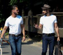 10 manieren om een wit T-shirt te dragen
