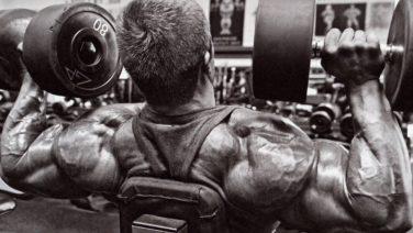 Drie oefeningen voor je schouders