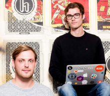 Friese jongens (26) maken meer dan een miljoen per maand met het uitzenden van hackers