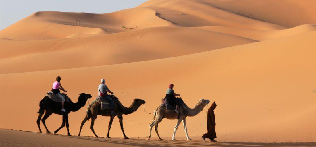 MAN MAN reisinspiratie #9: Hobbelend op een kameel door de woestijnen van Marokko