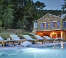 8 heerlijke vakantiehuizen om deze zomer met je vrienden te huren