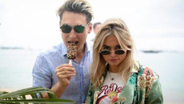 MAN MAN proeft ijs in Cannes met Cara Delevigne