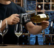 Met deze wijngadget gooi jij nooit meer een fles wijn weg