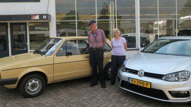 Broer en zus ruilen 38 jaar oude VW golf in met slechts 18.000 KM op de teller