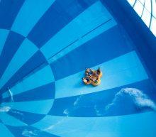 's Werelds grootste waterglijbaan staat vanaf nu in Drenthe!