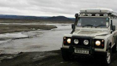 De bruutste manier om IJsland te verkennen is met een Land Rover Defender