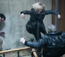 Dé bruutste actiefilm Atomic Blonde zie je nu in de bioscoop. Check hier de trailer