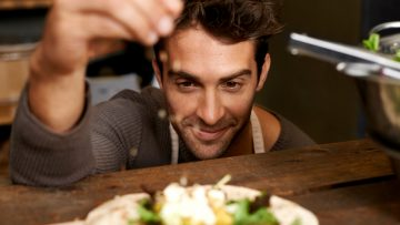 Hoe je gezond eet zonder een vermogen uit te geven