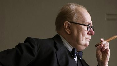 Trailer: The Darkest Hour is de indrukwekkende verfilming over Winston Churchill